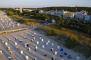 Seebad Ahlbeck mit Strand, Düne und Promenade