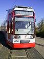 Strassenbahn Halle Tw 654 front.JPG