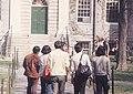 Student led tour of Harvard University 1976.jpg