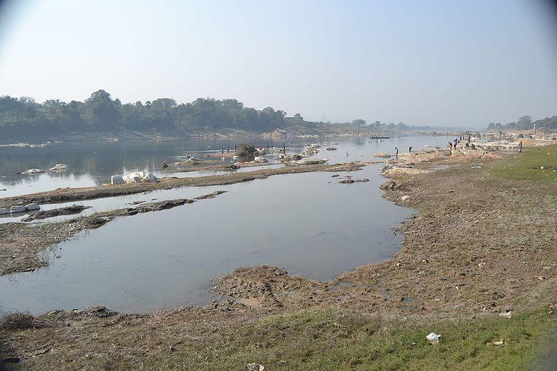 File:Subarnarekha river in Ghatshila.jpg