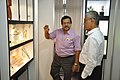 Subhabrata Chaudhuri Demonstrating NDL Facilities To Swapan Kumar Roy - NCSM - Kolkata 2016-08-22 5976.JPG