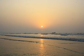 Sunset at New Digha Beach 2.jpg