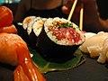 Sushi maki tuna.jpg