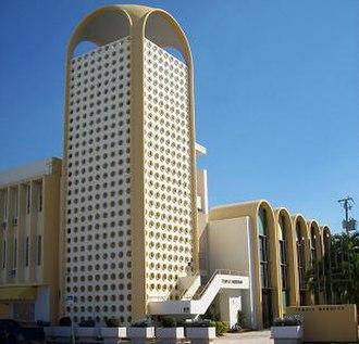 Morris Lapidus - Temple Menorah in Miami Beach