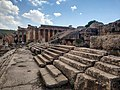 Temple of Jupiter, Baalbek 28140.jpg