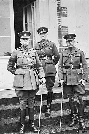 Herbert Alexander Lawrence - General Lawrence (centre) with Generals Plumer and Haig, 1917.