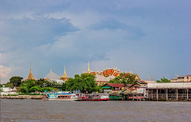 File:The Grand Palace Opposite From River view.jpg