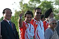 The film actor, Saif Ali Khan joins the Beijing Olympic 2008 Torch Relay, at India Gate in New Delhi on April 17, 2008.jpg
