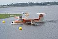 Thurston TSC-1A1 N897TB Landing 08 SNFSI FOF 15April2010 (14650229083).jpg