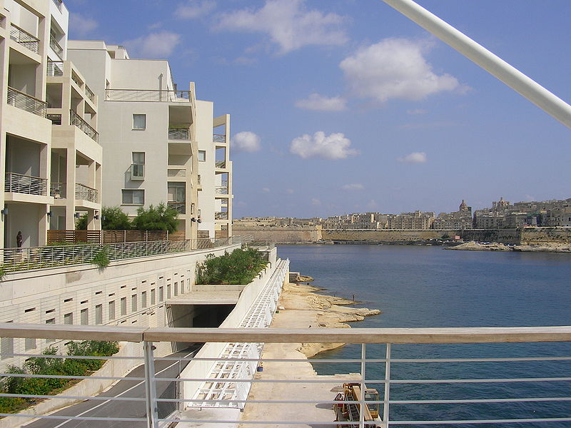 Tigne Point Sliema