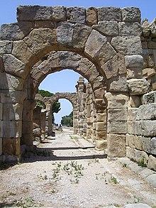 Scorcio delle rovine greco-romane