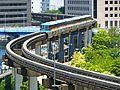 Tokyo Monorail Tennozu Canal 1.jpg