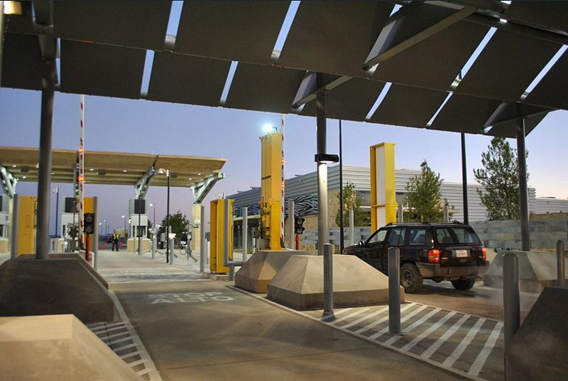 File:Tornillo Port of Entry.jpg