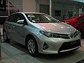 Toyota Auris 1.6 LEi 2014 (14053181172).jpg