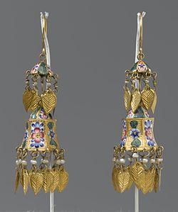 Emaljerade örhängen från sent 1700-tal 89e2f5db2ef66