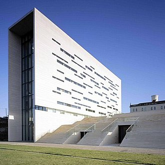 Higher education in Portugal - Headquarters of the New University of Lisbon