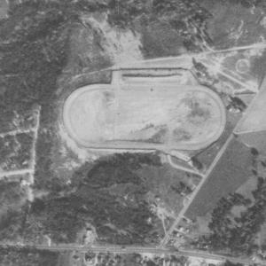 Charlotte Speedway - Image: USGS Charlotte Speedway 1950aerial