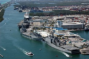 Port Everglades während der Fleet Week 2007