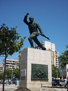 Unknown Soldier (Statue) (BLGU Spring School 2013) 02.JPG