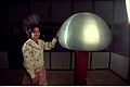Van de Graaff Generator - Science City - Calcutta 1997 016.JPG