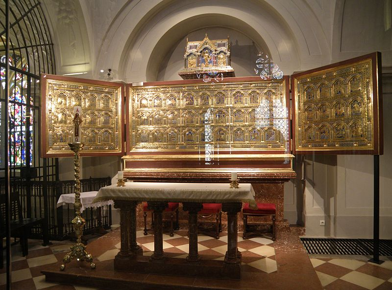 File:Verduner Altar.jpg