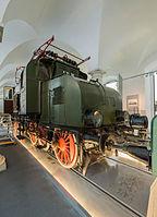 Verkehrsmuseum Dresden E-Lok E 71 30 Lokomotivwerk Hennigsdorf von 1921 III.jpg