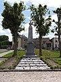 Vieux-Reng (Nord, Fr) monument aux morts.JPG