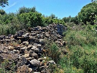 São Domingos de Rana - The ruins and debris of the Roman villa of Miroiço