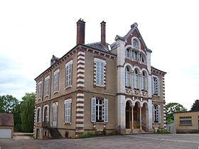 Mairie de Villiers-Saint-Benoît.