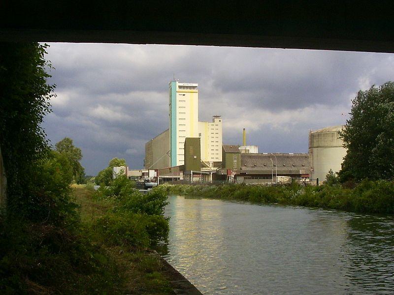 Vitry-le-François, silo bij de kanalendriesprong