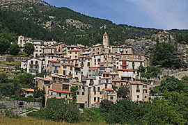 A view of Toudon from below the village