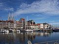 Vue sur le port et la ville.jpg