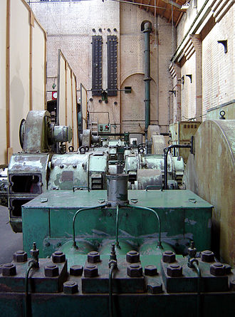 Hydraulic power network - The preserved pumping equipment in Wapping pumping station, which was owned by the London Hydraulic Power Company