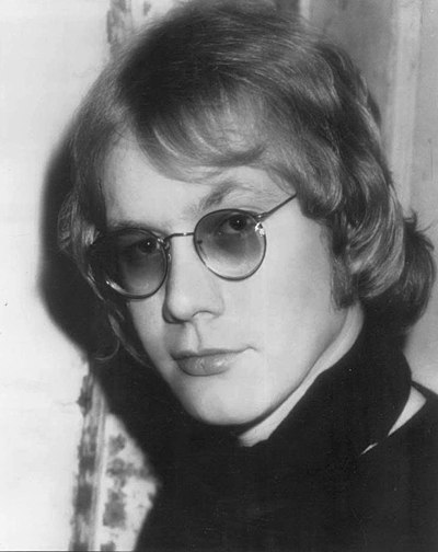 Picture of a band or musician: Warren Zevon