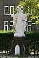 Waspik - Carmelietenstraat 58 - Voormalig Carmelietenklooster - Heilig Hartbeeld.jpg