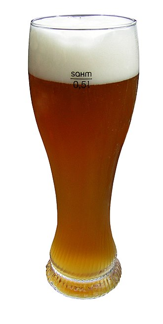 Beer glassware - A weizen glass with a fill line.