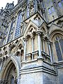 Wells cathedral west pillar angle.jpg