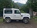 Wikimania 2016 - Land Rover Defender (L316) à Esino Lario (Italie).jpg