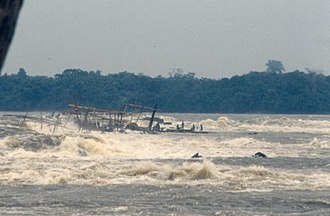 Boyoma Falls - Last rapid with Wagenia fishermen