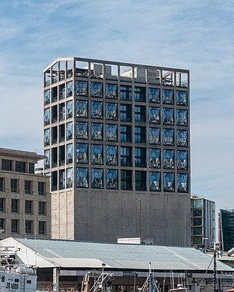 Victoria & Alfred Waterfront - Image: Zeitz Museum of Contemporary Art Africa, Cape Town ( 1050775)