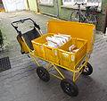 Zustellwagen der Deutschen Post (fcm).jpg