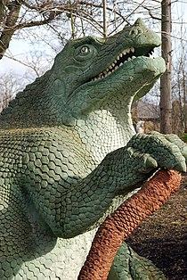 'Dinosaur' at Crystal Palace Park - geograph.org.uk - 1118043.jpg