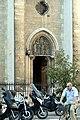 Église Saint-Jean-Baptiste de Belleville - façade, portail de droite.jpg