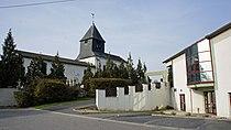 Église salle municipale Moncetz.jpg