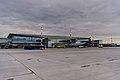 Аэропорт Красноярск, вид с перрона (2018.08).jpg