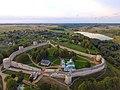 Изборская крепость. Архитектурный ансамбль.jpg