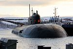 Прибытие атомного подводного ракетного крейсера Северного флота «Орёл» в пункт постоянного базирования 03.jpg