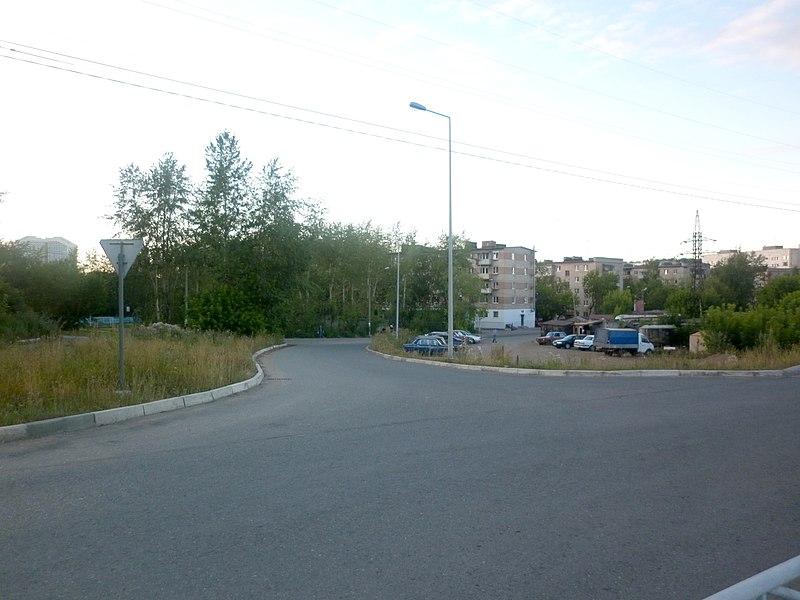 File:Ул. Чкалова -август, 2011 - panoramio (1).jpg