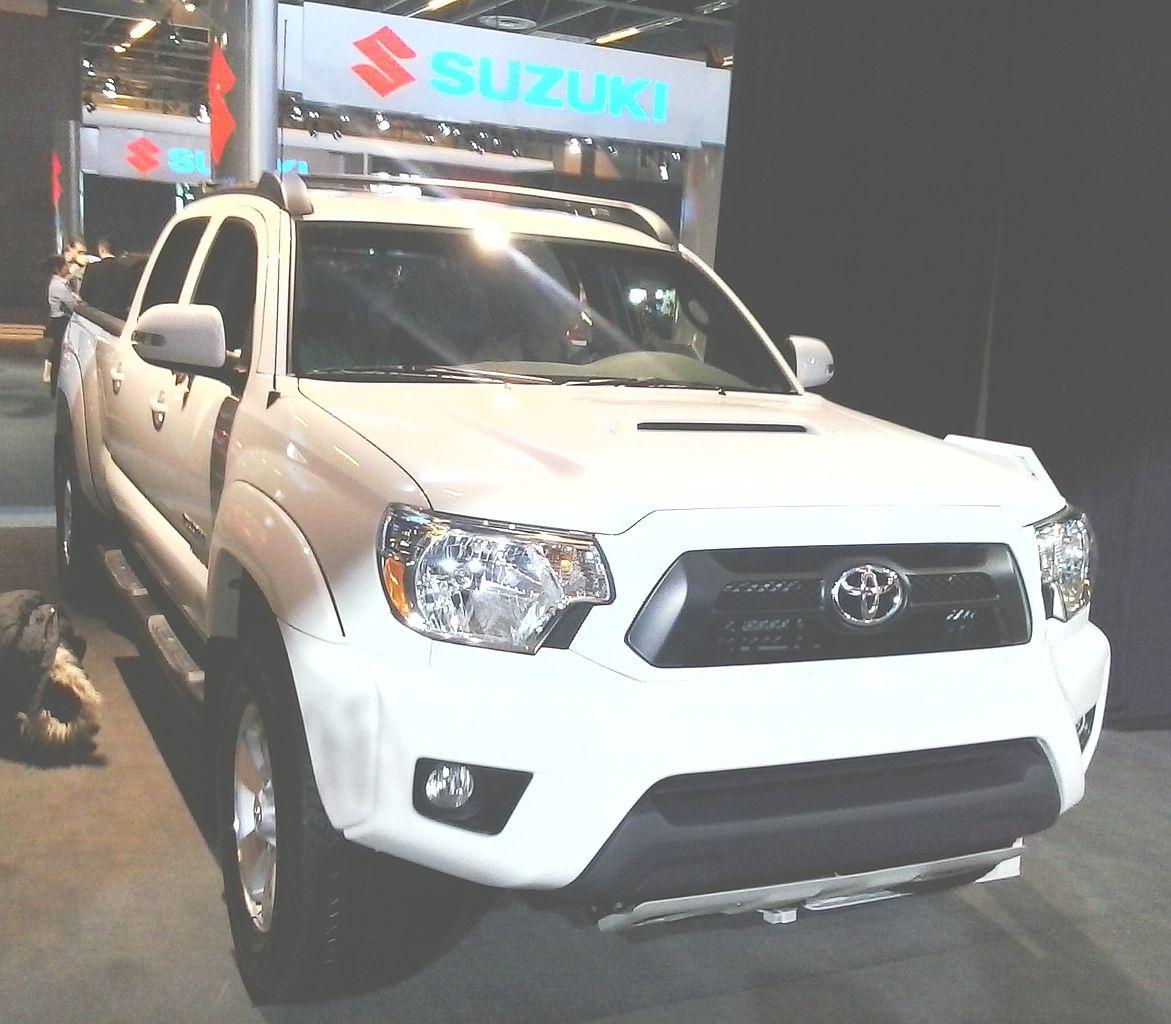 Toyota Tacoma Crew Cab: File:'13 Toyota Tacoma Crew Cab (MIAS '13).jpg