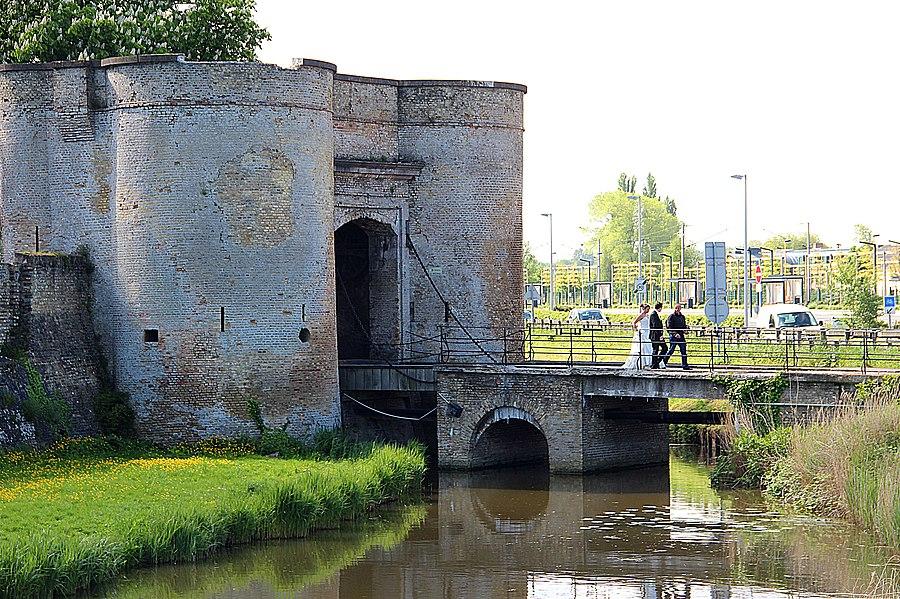 La porte de Bierne - Bergues (Nord, France).
